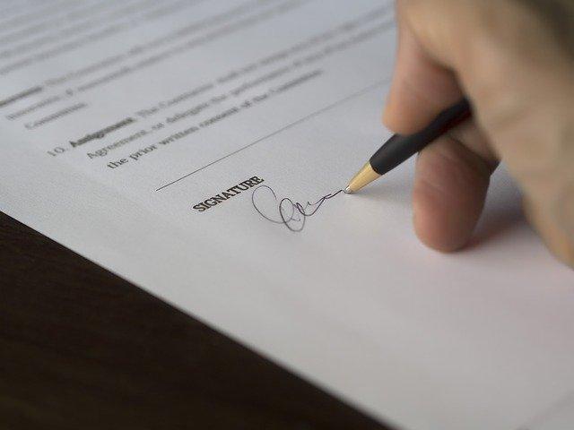 podpis smlouvy o hypotéce